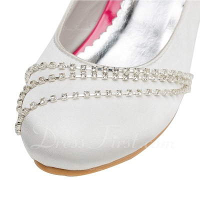 Kids' Satin Low Heel Closed Toe Pumps With Buckle Rhinestone (047056278)