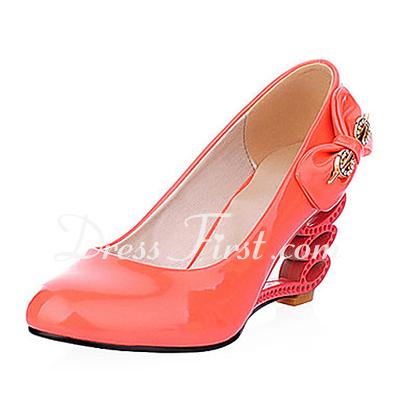 Dla kobiet Skóry lakierowanej Obcas Koturnowy Pompy Zamknięty Toe Z Bowknot obuwie (085015192)