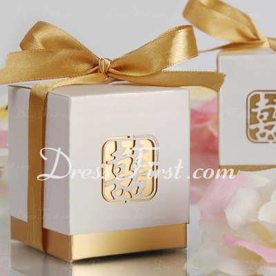 Double Happiness Cut–out Cuboid Favor Boxes With Ribbons (Set of 12) (050005865)