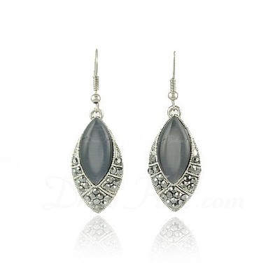 Gorgeous Alloy With Rhinestone Ladies' Earrings (011026940)