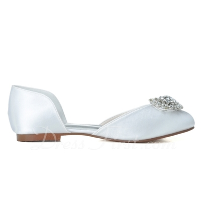Women's Satin Flat Heel Closed Toe Flats With Imitation Pearl (047057091)