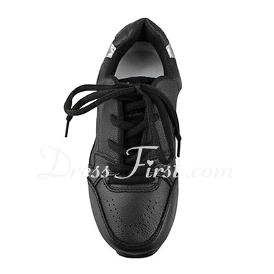 Women's Leatherette Flats Sneakers Practice Dance Shoes (053012959)