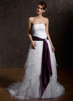 Corte A/Princesa Estrapless Tren de la corte Organdí Satén Vestido de novia con Volantes Fajas Alfiler Flor Cristal