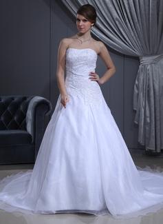 Corte A/Princesa Escote corazón Tren de la catedral Satén Organdí Vestido de novia con Bordado