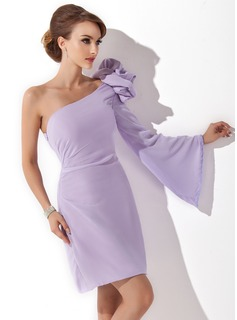 Forme Fourreau Encolure asymétrique Court/Mini Mousseline Robe de cocktail avec Fleur(s)