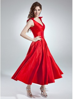 A-Line/Princess V-neck Ankle-Length Taffeta Bridesmaid Dress With Ruffle Bow(s)
