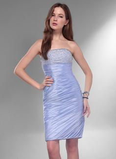 Sheath/Column Strapless Knee-Length Taffeta Homecoming Dress With Ruffle Beading