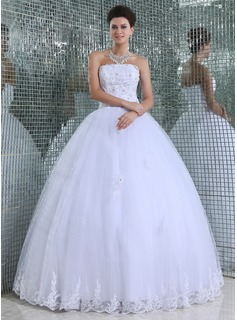 Ball-Gown Strapless Floor-Length Tulle Wedding Dress With Lace Beading
