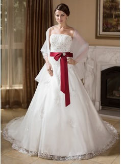 Ball-Gown Strapless Chapel Train Organza Wedding Dress With Lace Sash Beading Crystal Brooch Bow(s)