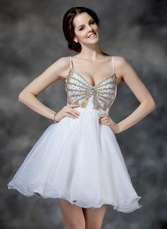 A-Line/Princess V-neck Short/Mini Organza Homecoming Dress With Ruffle Beading