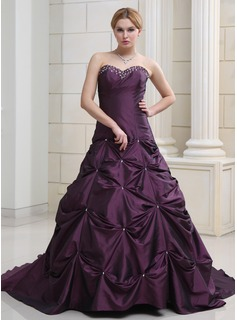 Ball-Gown Sweetheart Chapel Train Taffeta Wedding Dress With Ruffle Beading
