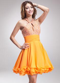A-Line/Princess Halter Short/Mini Chiffon Homecoming Dress With Ruffle Beading