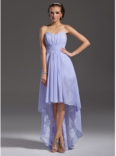 A-Line/Princess Sweetheart Asymmetrical Chiffon Lace Homecoming Dress With Ruffle