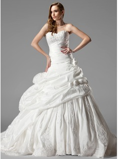 Ball-Gown Sweetheart Chapel Train Taffeta Wedding Dress With Ruffle Lace Flower(s)