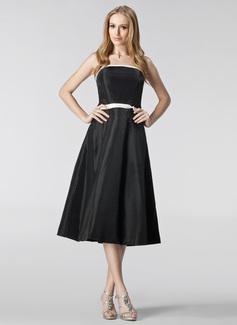 A-linjainen/Prinsessa Olkaimeton Polven alle Tafti Morsiusneitojen mekko jossa Satiininauhavöitä
