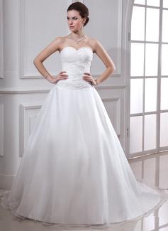 Balklänning Hjärtformad Chapel släp Satäng Organzapåse Bröllopsklänning med Rufsar Pärlbrodering