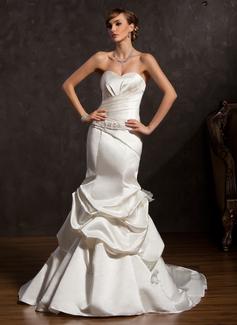 Trumpet/Mermaid Sweetheart Chapel Train Satin Wedding Dress With Ruffle Beading Bow(s)