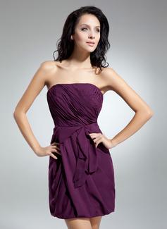 Sheath/Column Strapless Short/Mini Chiffon Homecoming Dress With Ruffle