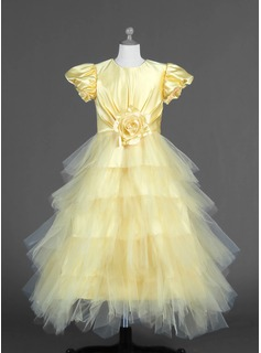A-Line/Princess Tulle/Charmeuse With Flower(s)/Cascading Ruffles