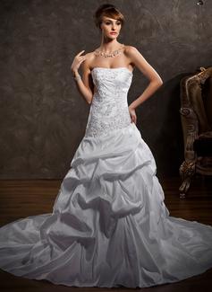 Corte A/Princesa Estrapless Tren de la catedral Tafetán Vestido de novia con Volantes Encaje Bordado