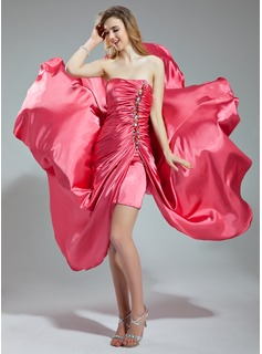 A-Line/Princess Sweetheart Asymmetrical Charmeuse Prom Dress With Ruffle Beading