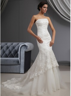 Trumpet/Mermaid Strapless Court Train Tulle Lace Wedding Dress With Beading Sequins