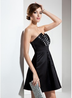 A-Line/Princess Scalloped Neck Short/Mini Satin Cocktail Dress With Ruffle Beading