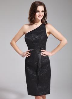 Wąska Jednoramienna Do Kolan Charmeuse Lace Suknia dla Druhny Z Szarfy