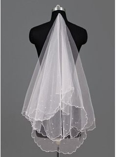 One-tier Waltz Bridal Veils With Scalloped Edge