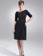 Sheath/Column V-neck Knee-Length Chiffon Mother of the Bride Dress With Ruffle (008005693)
