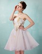 A-Line/Princess Sweetheart Knee-Length Organza Homecoming Dress With Appliques Lace Sequins Bow(s) (022020881)