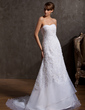 A-Line/Princess Sweetheart Court Train Organza Lace Wedding Dress With Beading (002014920)