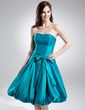 A-Line/Princess Strapless Knee-Length Taffeta Homecoming Dress With Ruffle Bow(s) (022009475)