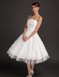 A-Line/Princess Strapless Tea-Length Taffeta Wedding Dress With Ruffle Beading Appliques Lace (002015544)