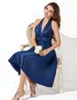 A-Line/Princess Halter Knee-Length Taffeta Bridesmaid Dress With Ruffle Bow(s) (007000860)