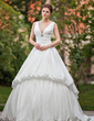 Balklänning V-ringning Chapel släp Taft Bröllopsklänning med Rufsar Kristallbrosch (002001225)
