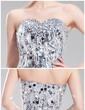 Sheath/Column Sweetheart Knee-Length Sequined Cocktail Dress With Beading (016019189)