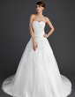 Ball-Gown Sweetheart Chapel Train Wedding Dress With Appliques Lace (002011656)