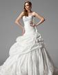 Balo Elbisesi Kalp Kesimli Şapel Kuyruk Taffeta Gelinlik Ile Büzgü Lace Çiçek(ler) (002000461)