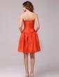 A-Line/Princess Sweetheart Knee-Length Taffeta Homecoming Dress With Bow(s) (022013968)