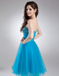 A-Line/Princess Sweetheart Knee-Length Tulle Homecoming Dress With Ruffle Beading (022009952)