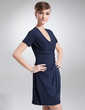 Sheath/Column V-neck Short/Mini Chiffon Cocktail Dress With Ruffle (016020714)