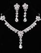 Gorgeous Alloy/Rhinestones Women's Jewelry Sets (011018471)