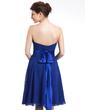 A-Line/Princess Strapless Knee-Length Chiffon Bridesmaid Dress With Ruffle Bow(s) (007026283)