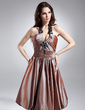 A-Line/Princess Halter Knee-Length Taffeta Homecoming Dress With Ruffle Beading Appliques Lace (022015619)