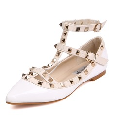 Women's Leatherette Flat Heel Flats Closed Toe With Rivet shoes