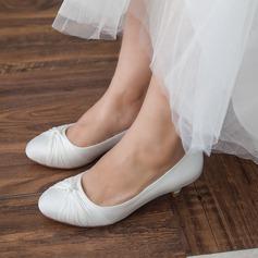 Women's Satin Kitten Heel Closed Toe Pumps With Bowknot