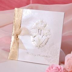 Blumen-Stil Side Fold Invitation Cards mit Bänder (Satz Von 50)