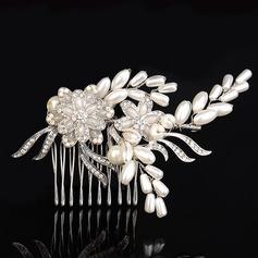 Lovely Rhinestone/Alloy/Imitation Pearls Combs & Barrettes