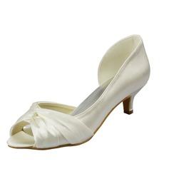 Kvinnor Satäng Kitten Heel Peep Toe Sandaler med rynkad